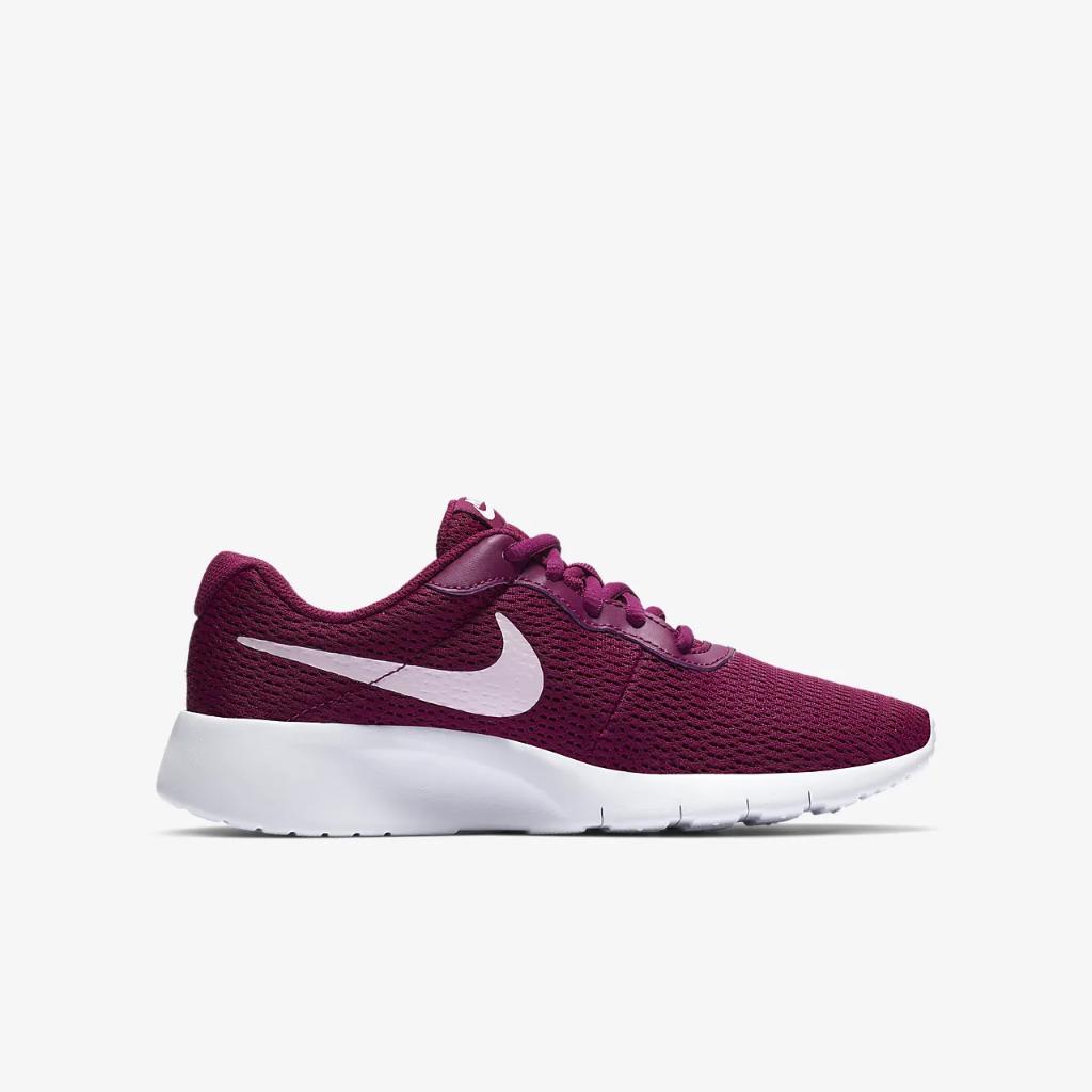 Nike Tanjun Big Kids' Shoe 818384-606