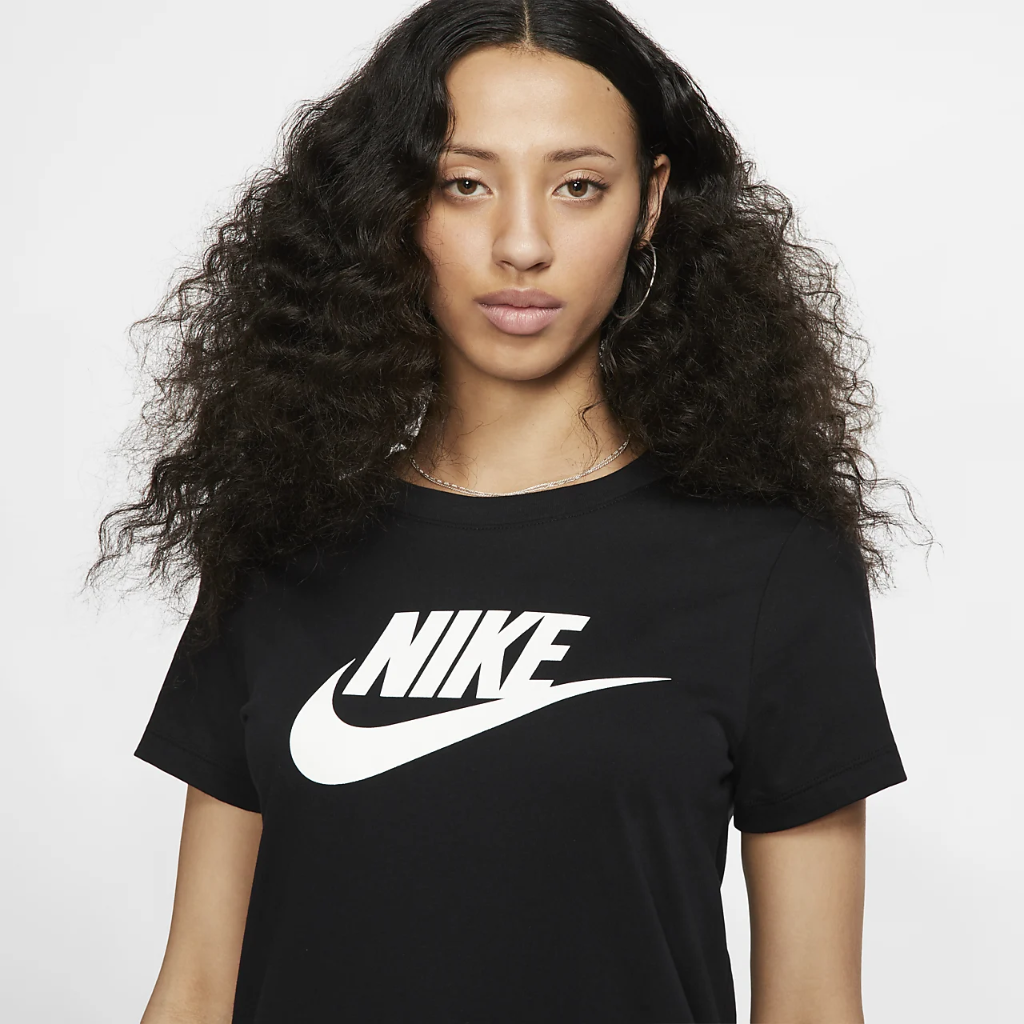 나이키 스포츠웨어 에센셜 티셔츠 BV6169-010