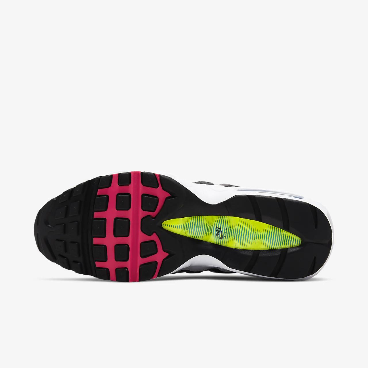 나이키 에어 맥스 95 남성 신발 CJ0589-001
