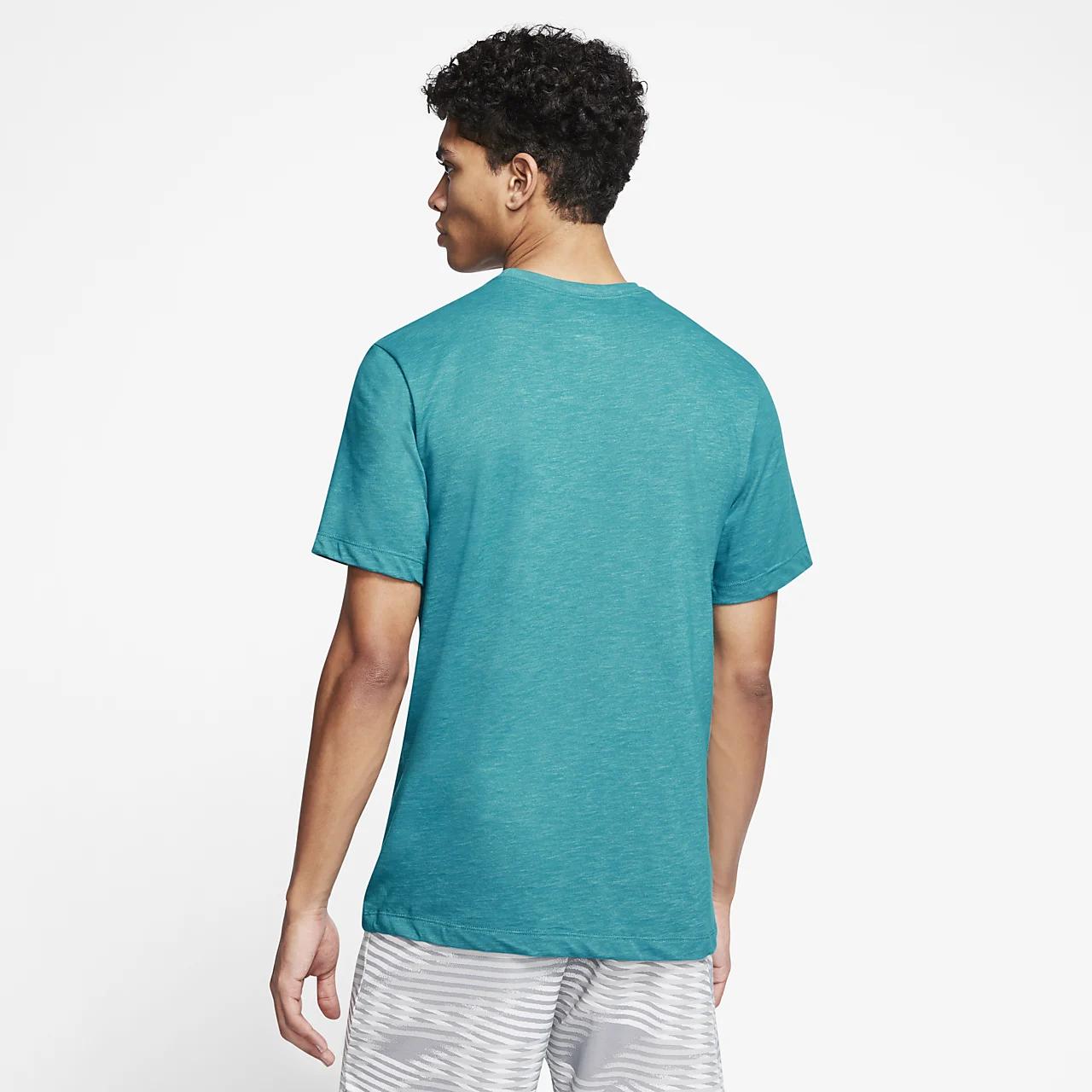 나이키 드라이핏 남성 그래픽 트레이닝 티셔츠 CT6459-379