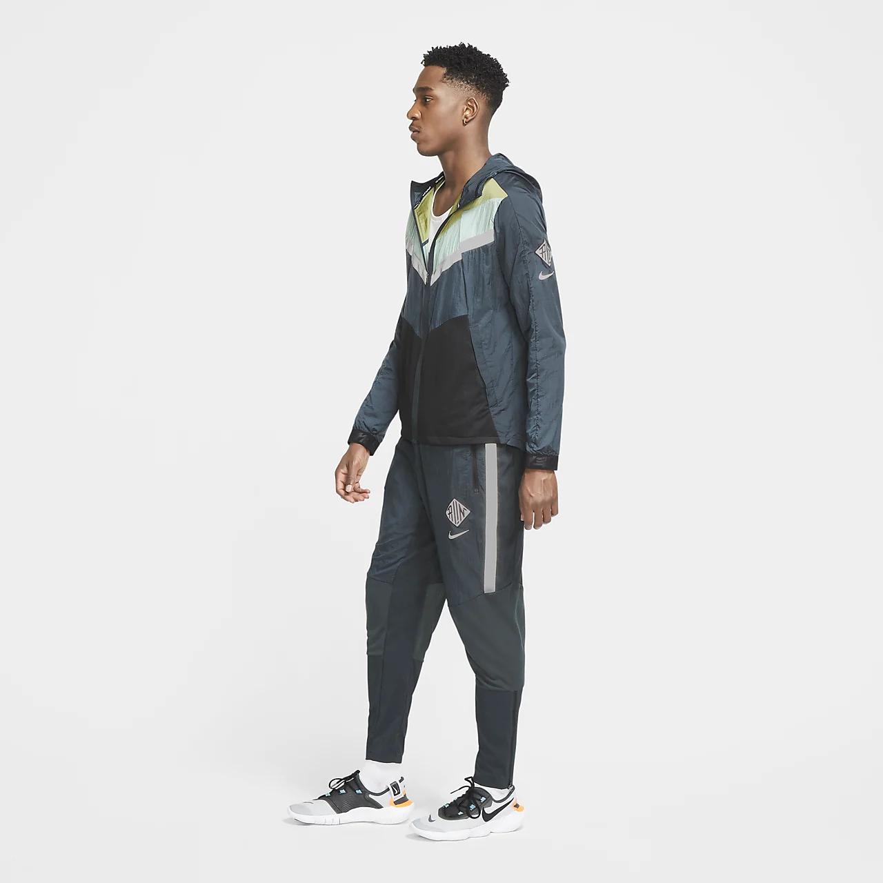 Nike Windrunner Wild Run Mens' Running Jacket CU5738-364
