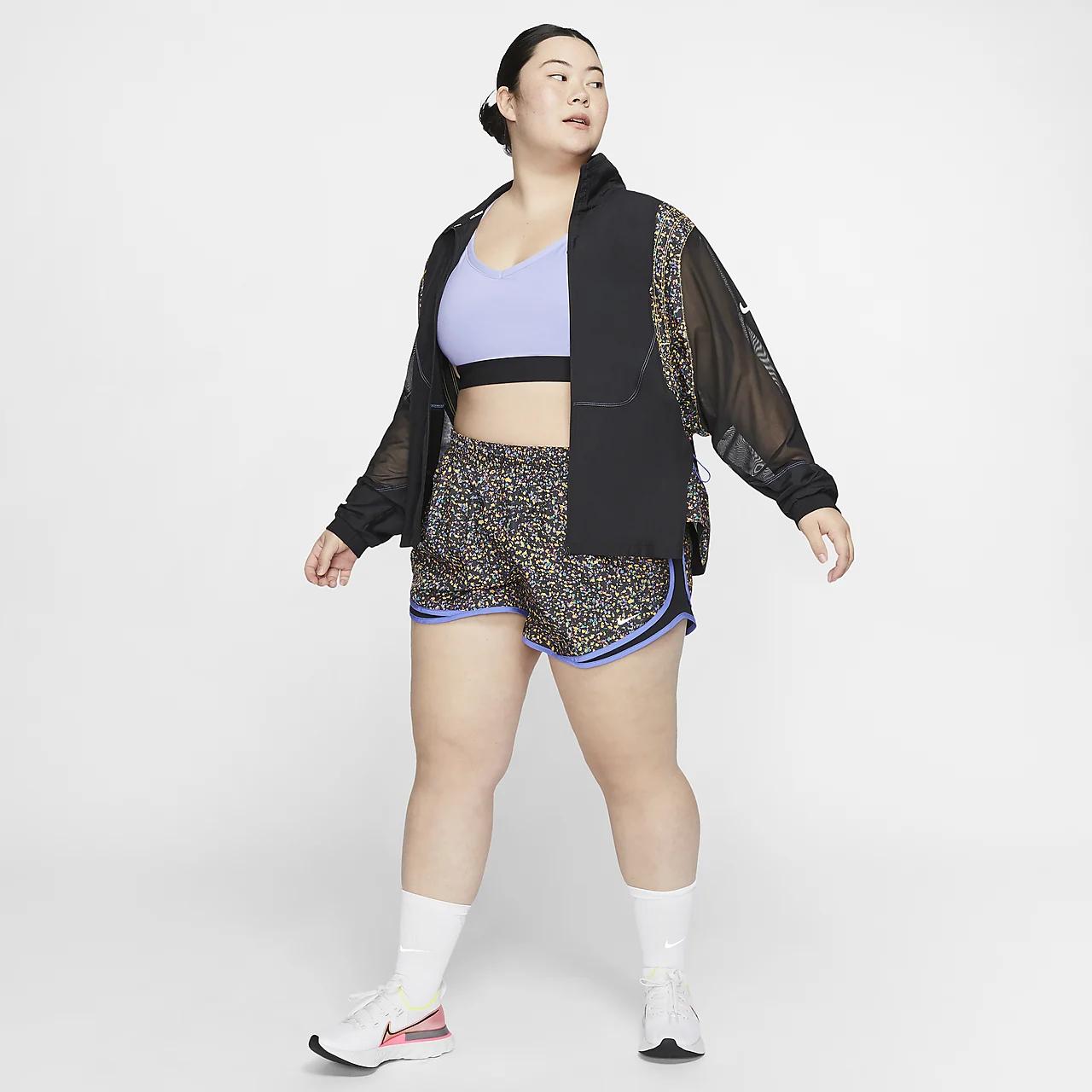 나이키 템포 아이콘 클래쉬 여성 러닝 반바지(플러스 사이즈) CU8418-845