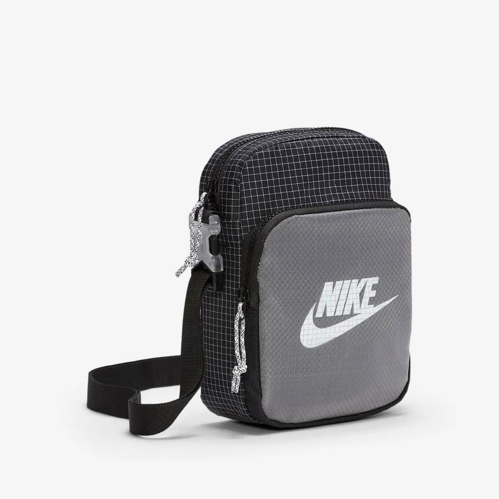 Nike Heritage 2.0 Small Items Bag CV1408-010