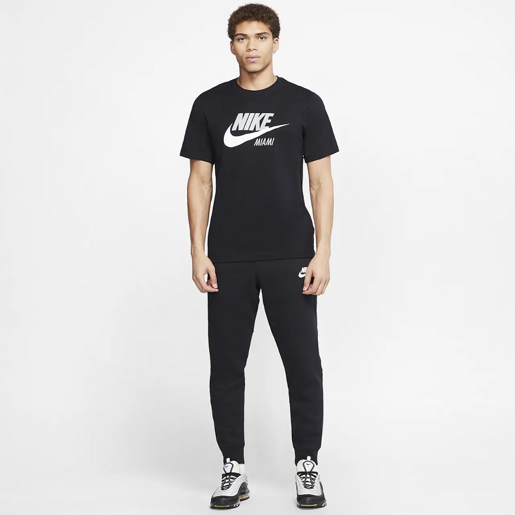 Nike Sportswear Men's T-Shirt CW0841-010
