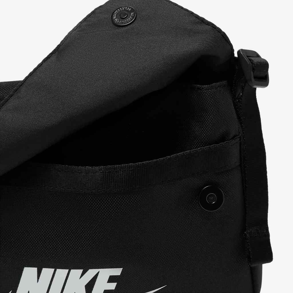 Nike Sportswear Women's Revel Crossbody Bag CW9300-010