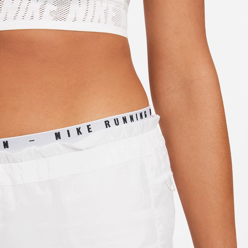 Nike Tempo Luxe Run Division Women's 2-In-1 Running Shorts DA1280-100