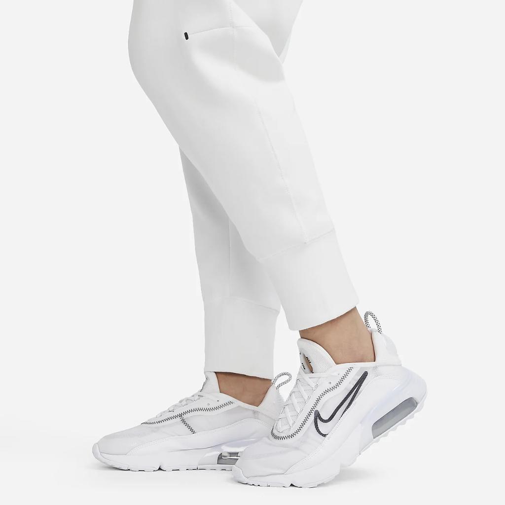 Nike Sportswear Tech Fleece Women's Pants (Plus Size) DA2043-121