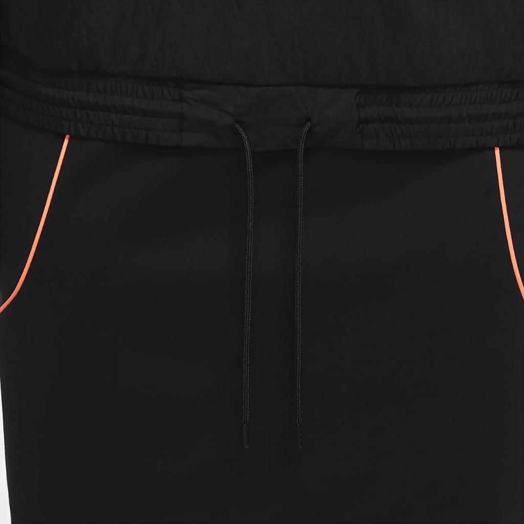 Nike Sportswear Women's Woven Jacket (Plus Size) DC6961-010