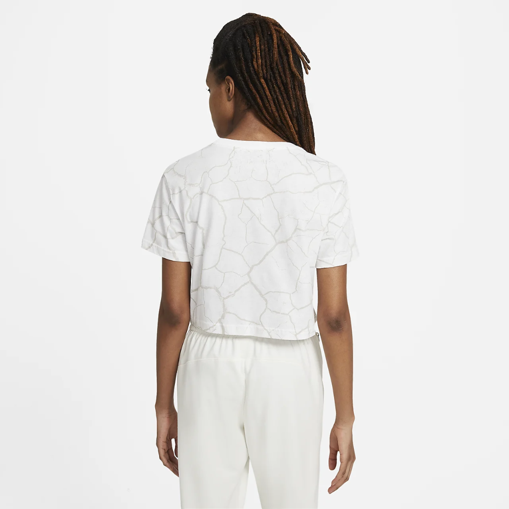 Nike Swoosh Fly Women's Cropped Basketball T-Shirt DD0837-100