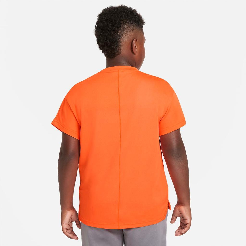 Nike Dri-FIT Breathe Big Kids' (Boys') Graphic Short-Sleeve Top (Extended Size) DD8868-803