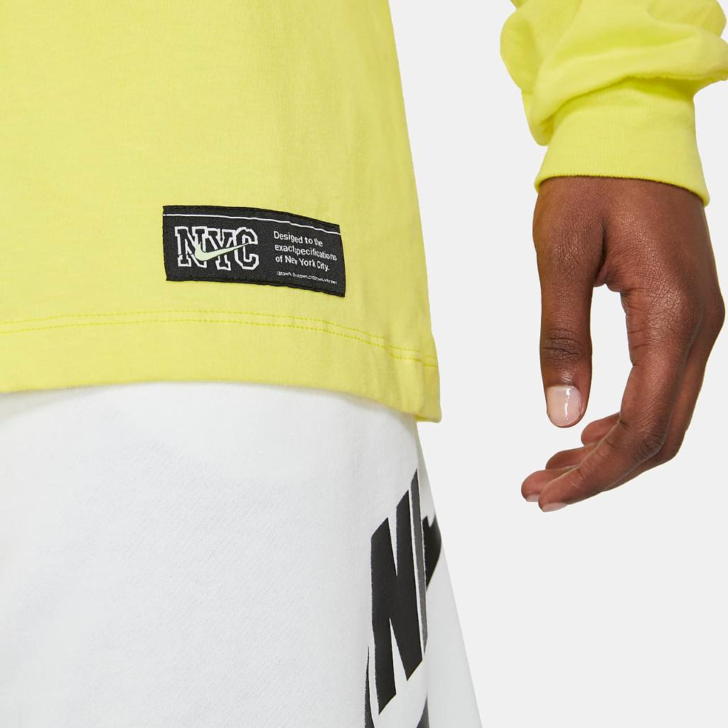Nike Sportswear Men's Long-Sleeve T-Shirt DD8975-701