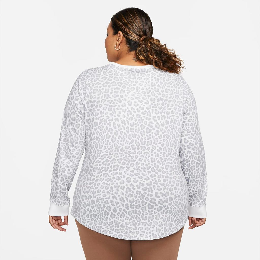 Nike Sportswear Women's Long-Sleeve T-Shirt (Plus Size) DN7723-100